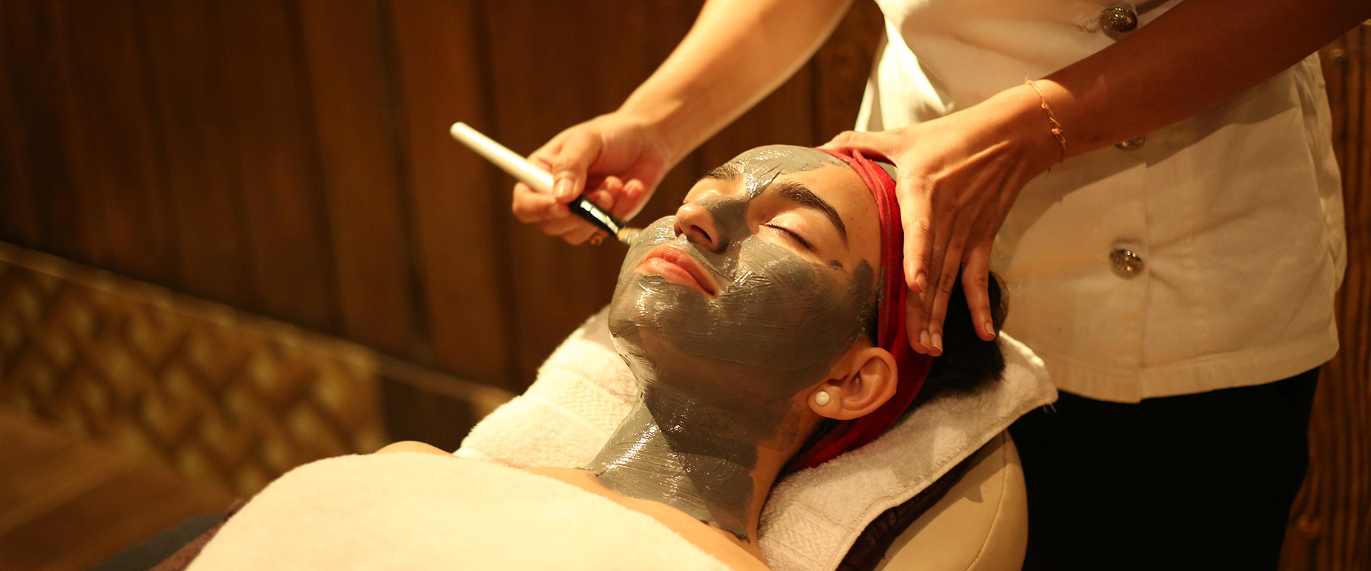 face beauty treatment at della spa